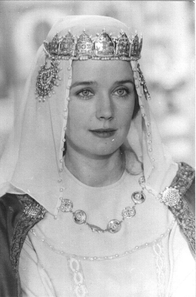 Ирина Алферова